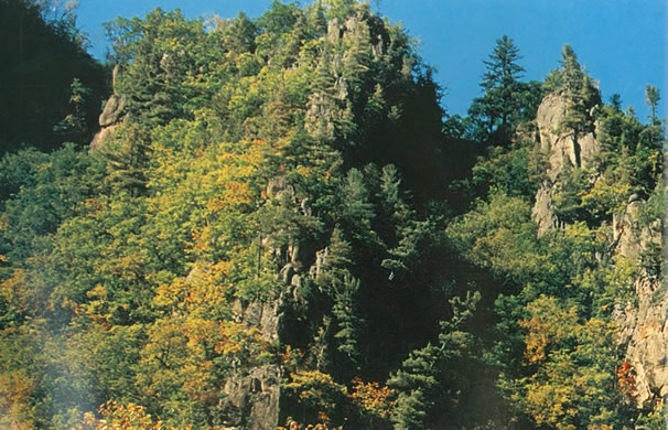 Mianyang Qianfo Mountain Tourism District